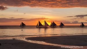 Top 13 Best Water Activities To Do in Boracay