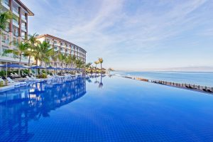 10 Best Hotels in Cebu Near Mactan Airport